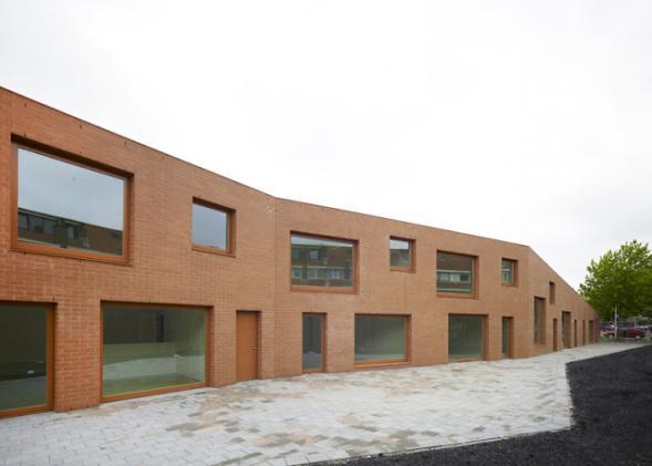 Škola z lícových cihel Galjoen