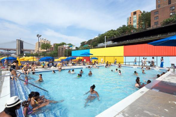 Bazén u Brooklynského mostu
