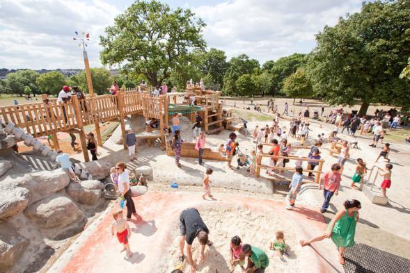Dětské hřiště v Londýně