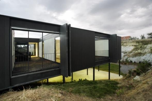 House OS