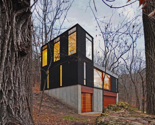Malý dům v lesích