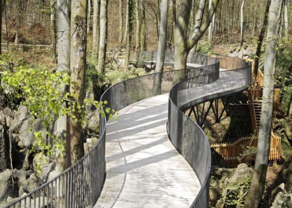 Stezky a vyhlídka Felsenmeer