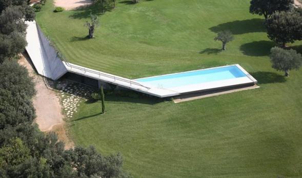 Sklep s bazénem