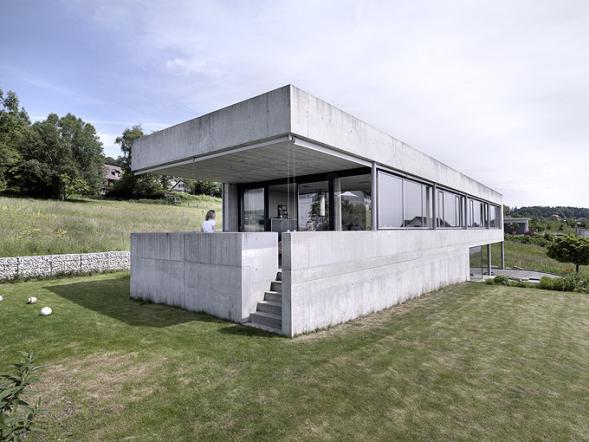 Betonový rodinný dům Szelpal