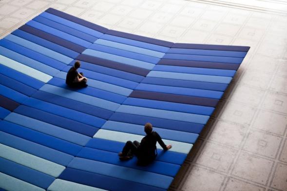 Textilní instalace v Victoria & Albert Museum