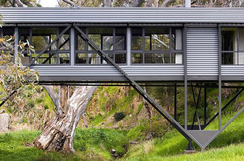 Rodinný dům na mostě