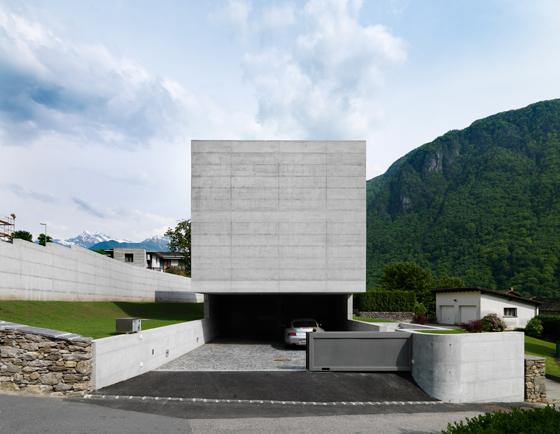 Betonový dům v Luminu