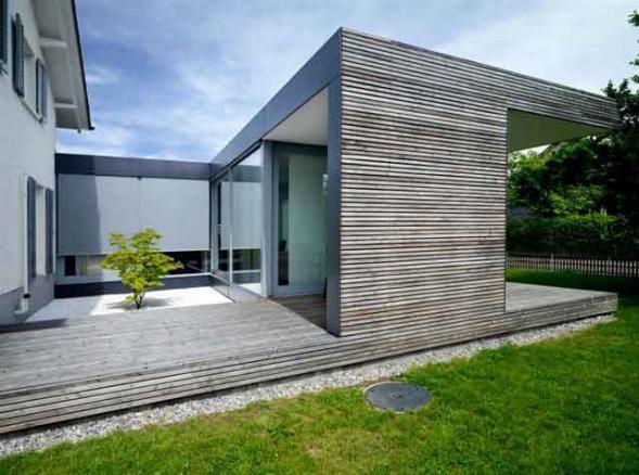 Dřevěná přístavba k rodinnému domu